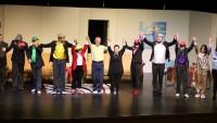 """Ataşehir Belediyesi Tiyatro Topluluğu """"Naaş-ı Muhteremler"""" adlı oyun ile Ataşehir Belediyesi Mustafa Saffet Kültür Merkezi'nde sahne aldı"""